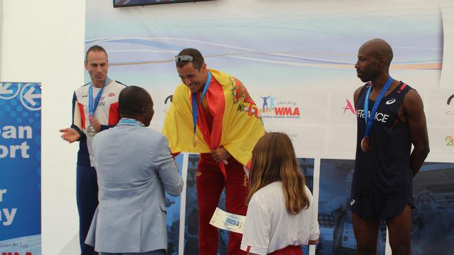 Octavio Pérez, en el podio.