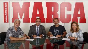 Iñigo Argominz, Juan Ignacio Gallardo (director de MARCA), Óscar...