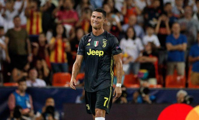 Cristiano Ronaldo en el momento de ser expulsado.