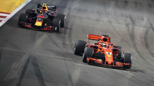 Vettel and Verstappen during the last F1 Gran Prix in Singapore