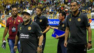 Maradona va por su segundo triunfo de la campaña.