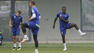 Willam Carvalho, a la derecha, durante el entrenamiento.