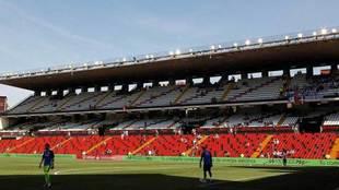 El Estadio de Vallecas, antes del comienzo del encuentro ante el...