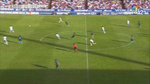 Un golazo de Primera: así fue tanto de Pita al Zaragoza desde el centro del campo