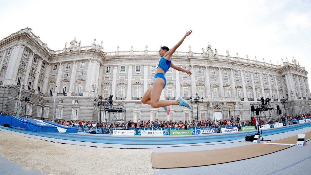 La atleta italiana Laura Strati, durante la prueba de longitud