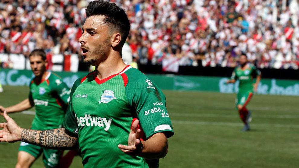 Ximo Navarro se estrena como goleador en primera
