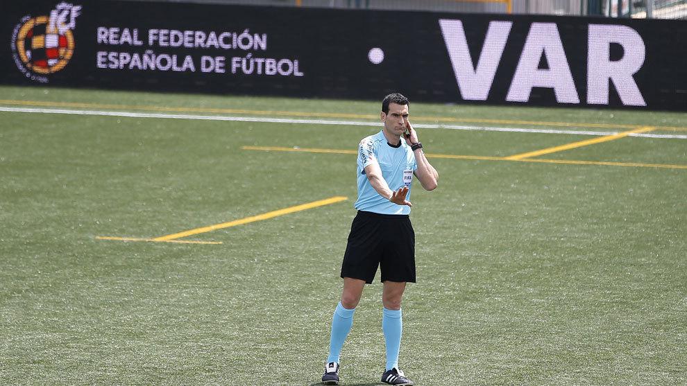 Martínez Munuera será el encargado de impartir justicia en el derbi...