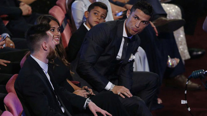 Messi votes for Cristiano Ronaldo for the first time