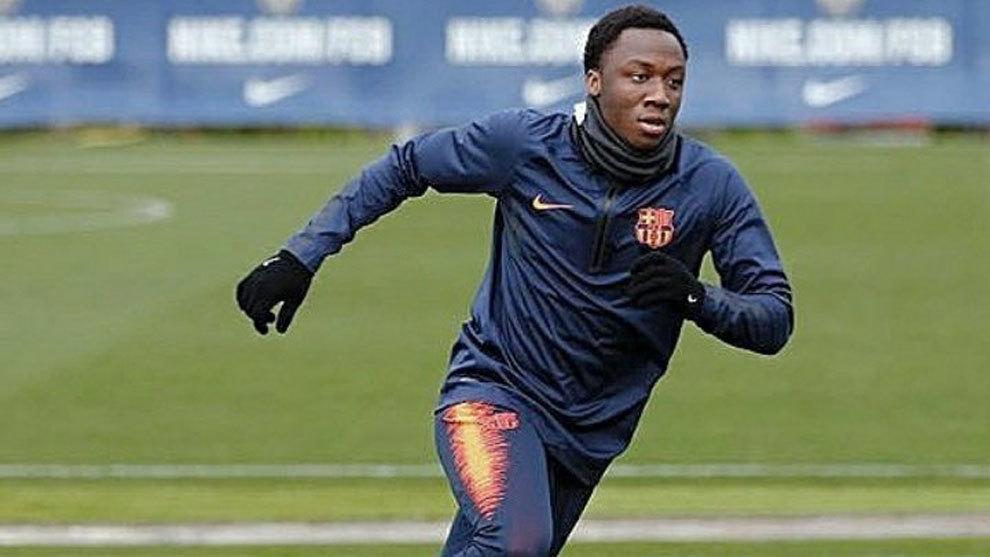 Ballou Tabla, durante un entrenamiento con el Barcelona B.