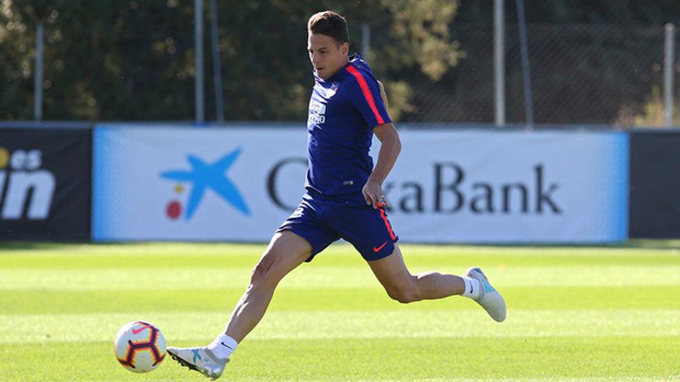 Santiago Arias durante un entrenamiento.