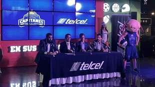 Conferencia de prensa del anuncio de la alianza entre Capitanes y...