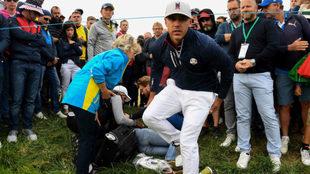 El golfista Brooks Koepka se preocupa por el estado de la mujer herida