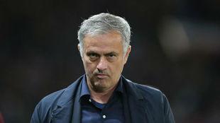Estados Unidos, pendiente de la situación de Mourinho en el United para ofrecerle su selección