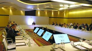 Miembros del COI, durante la reunión del Comité Ejecutivo