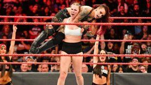 Ronda Rousey en acción.