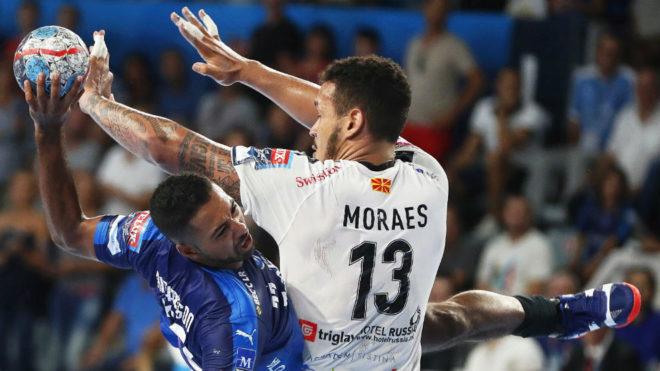 El francés Richardson ante el brasileño Moraes en el...
