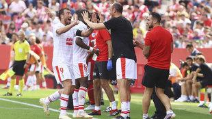 Celebración del tercer gol del Eibar, marcado por Sergi Enrich.