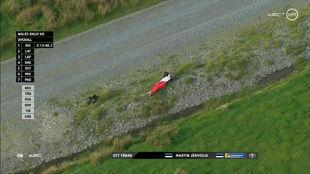 El piloto de Toyota lideraba por 42 segundos cuando ha surgido el...