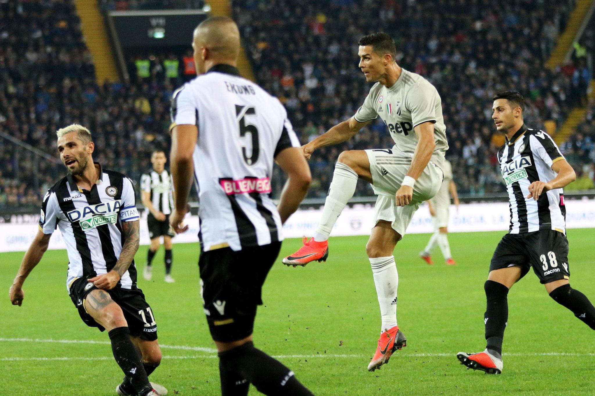 Udinese vs Juventus Cristiano sirve la décima para la Juventus ... 0587b6c56b286