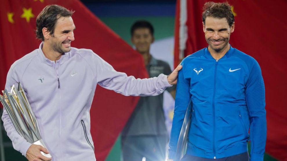 Federer y Nadal bromean en la entrega de premios de la última...