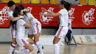 Las jugadoras españolas celebran un gol