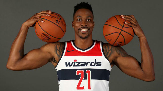 Dwight Howard en el Media Day de los Washington Wizards