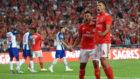El Benfica celebrando un gol marcado al Oporto.