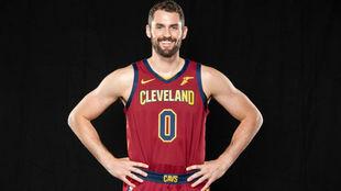 Kevin Love fue la estrella a seguir en el Media Day de los Cleveland...