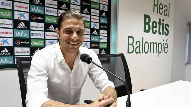 Joaquín, in a press conference.