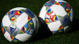 Balones oficiales de la UEFA Nations League, que este fin de semana...