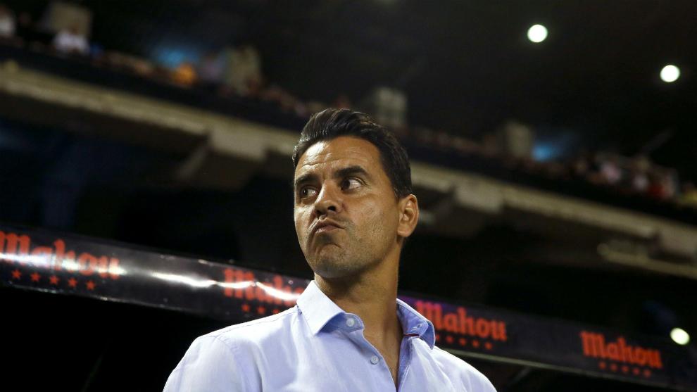 Míchel, durante un partido con el Rayo Vallecano esta temporada