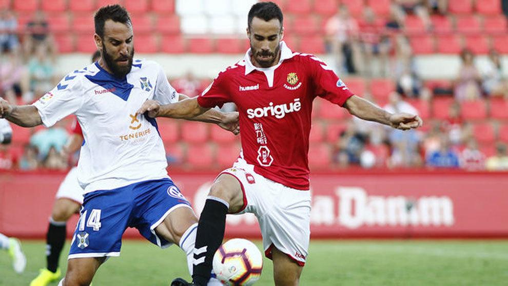 Sebas Coris en un partido contre el CD Tenerife.
