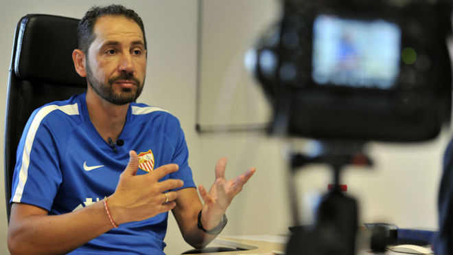 Pablo Machín speaks to MARCA in his office.
