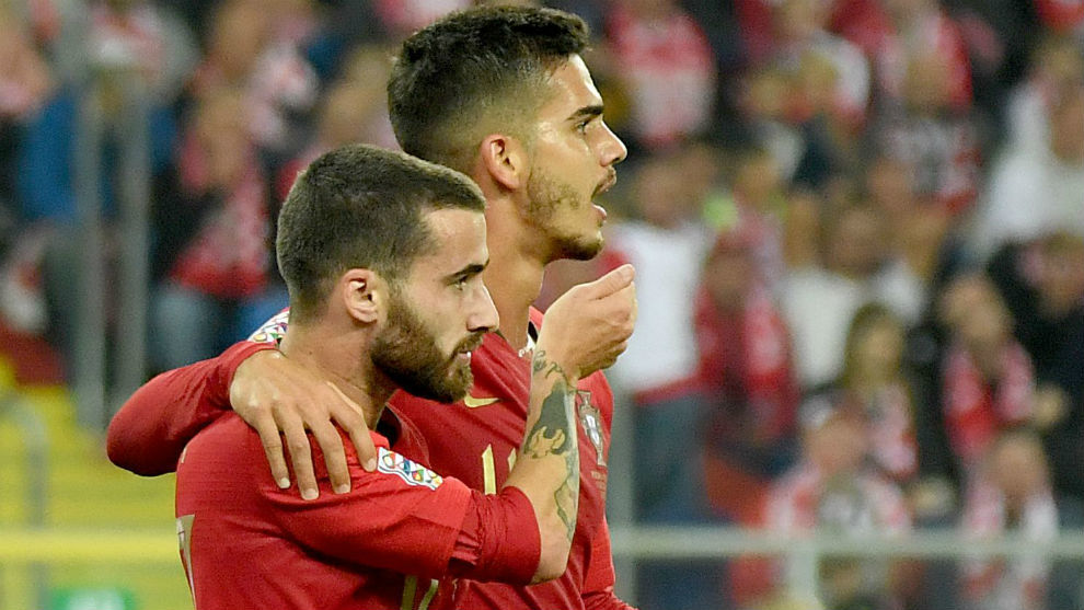 Rafa Silva y André Silva celebran el 1-2
