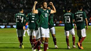 Henry Martin en festejo, durante el partido entre México y Costa...