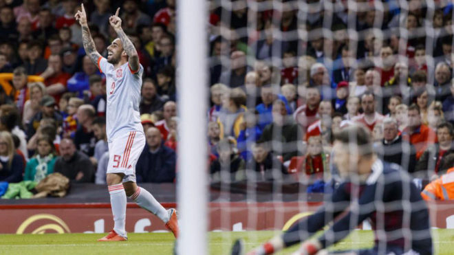 Alcacer strikes twice for Spain's win.