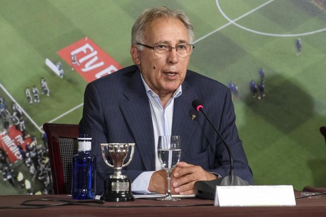 Amancio durante el Foro Luis de Carlos, las 33 ligas del Real Madrid