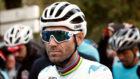 Alejandro Valverde con su maillot que ya luce el arcoiris.