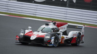 El Toyota 8 de Alonso, durante la primera parte de las 6 Horas de Fuji