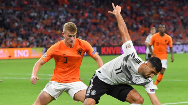 Matthijs De Ligt vies withr Emre Can during the match between...