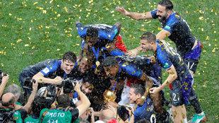 Francia celebrando su título de campeona del mundo.