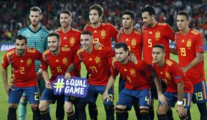 El once inicial de España ante Inglaterra.