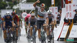 Pascal Akermann fue el más fuerte en el segundo esprint del Tour de...