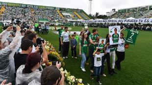 Homenaje celebrado a los jugadores del Chapecoense en 2016.