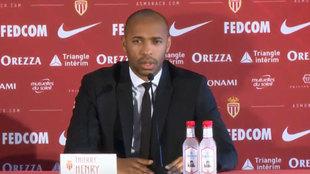 Thierry Henry durante su presentación como técnico del Mónaco.