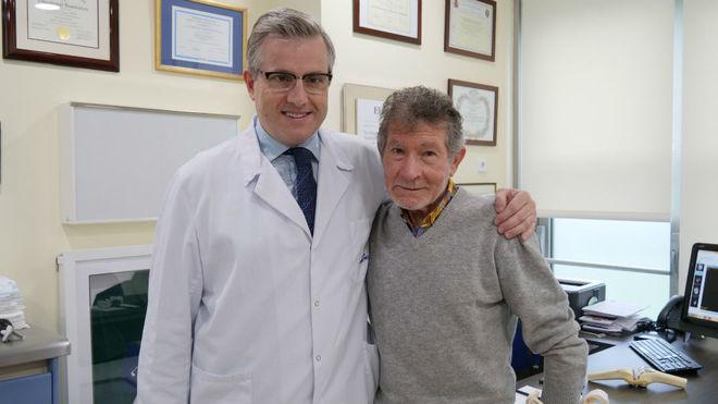 Carlos Soria con el docto Manuel Leyes.