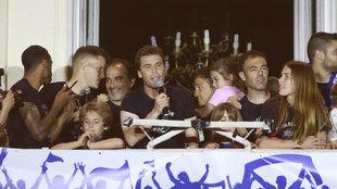 Rubi durante la celebración del ascenso a Primera con el Huesca.