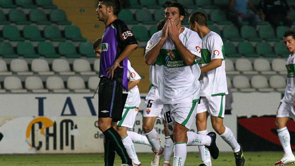 Fajardo celebra el primer gol de aquel partido.