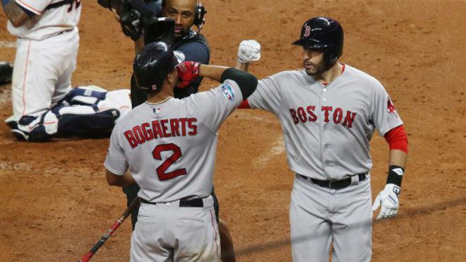 Boston se impuso 4-1 en el quinto juego.
