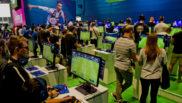 Los aficionados prefieren jugar a FIFA 19 que ver un partido por...